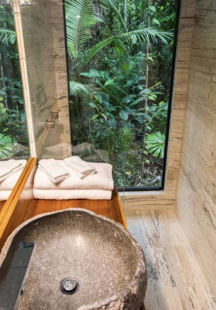 Beautiful bathroom – Photo: Booking