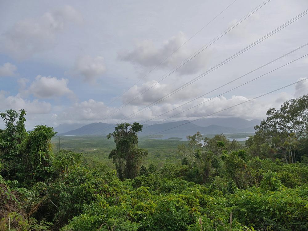 Beautiful views on our way to Wallaman Falls